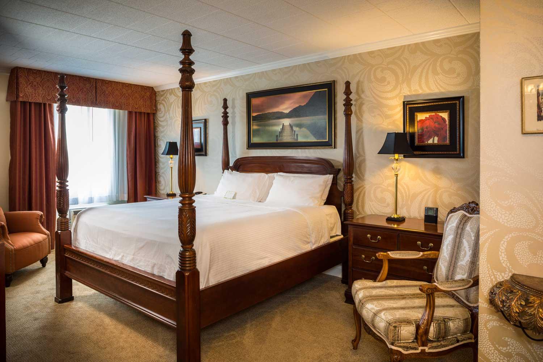 wyndham garden york suite bed